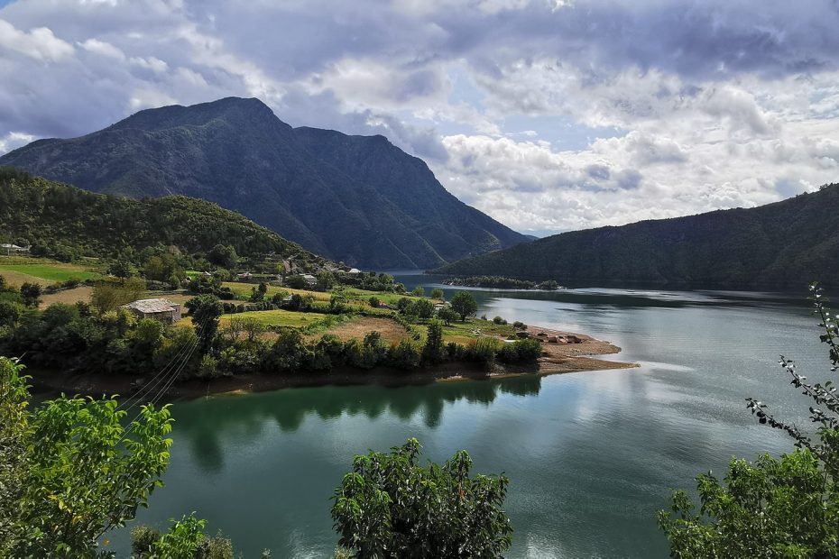 Op lustrumreis met de Guru naar Albanië