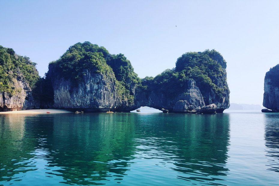 Adembenemende boottocht op Halong Bay tijdens je lustrumreis in Vietnam